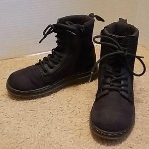Dr. Martens Combs J Boots